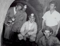 Inspection crew inside the Meilleur-Atlantique sewer, 1956.